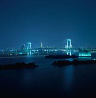 レインボーブリッジと東京タワーのライトアップ