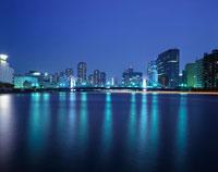 清洲橋のライトアップ 02350000201  写真素材・ストックフォト・画像・イラスト素材 アマナイメージズ