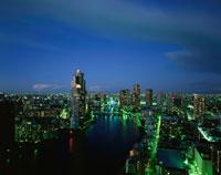 勝どき付近から見た隅田川の夜景 02350000216  写真素材・ストックフォト・画像・イラスト素材 アマナイメージズ