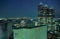 西新宿の夜景 02350000522| 写真素材・ストックフォト・画像・イラスト素材|アマナイメージズ