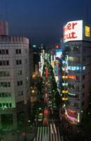 新宿の夜景 02350000568| 写真素材・ストックフォト・画像・イラスト素材|アマナイメージズ