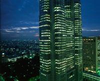 西新宿の夜景 02350000579| 写真素材・ストックフォト・画像・イラスト素材|アマナイメージズ