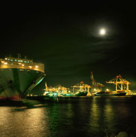 大黒埠頭周辺の夜景