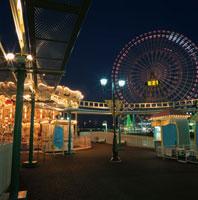 横浜コスモワールドのライトアップ