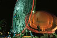 横浜コスモワールドのライトアップ 02350000964| 写真素材・ストックフォト・画像・イラスト素材|アマナイメージズ