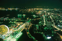 横浜コスモワールドの夜景 02350001041| 写真素材・ストックフォト・画像・イラスト素材|アマナイメージズ