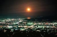 清水市街と日本平を望む夜景