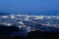 東名高速と清水市街を望む夜景