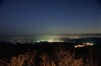 日光市と今市市の夜景 02350001346| 写真素材・ストックフォト・画像・イラスト素材|アマナイメージズ