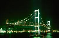 白鳥大橋のライトアップ