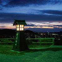 城山公園から館山市街を望む夜景 02350001459| 写真素材・ストックフォト・画像・イラスト素材|アマナイメージズ