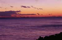茜浜から横浜方面を望む夜景と海