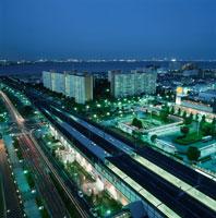 浦安から幕張を望む夜景 02350001520| 写真素材・ストックフォト・画像・イラスト素材|アマナイメージズ