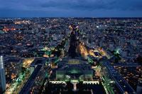 モンパルナス駅と夜景