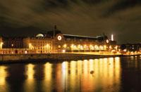 オルセー美術館とセーヌ川の夜景