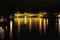 セーヌ川とルイフィリップ橋の夜景