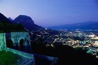 バスティーユ城塞の展望台から眺める夜景