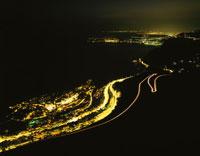 地中海とニース方面の夜景 02350001720| 写真素材・ストックフォト・画像・イラスト素材|アマナイメージズ