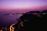 地中海とニース方面の夜景