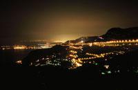 ラトゥルビーから眺めるニース方面の夜景
