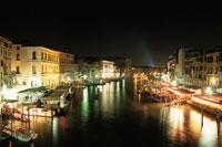 リアルト橋から眺める夜景