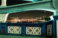 タワーブリッジから眺める夜景