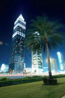 シェイクザイードロードの高層ビルの夜景