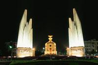 民主記念塔 02350002170| 写真素材・ストックフォト・画像・イラスト素材|アマナイメージズ