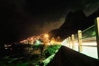 レブロン海岸付近の夜景