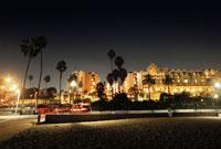 サンタモニカビーチの夜景 02350002414| 写真素材・ストックフォト・画像・イラスト素材|アマナイメージズ