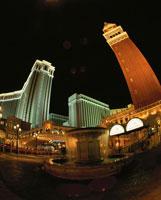 ラスベガスブルーバード(ストリップ)の夜景 ベネチアン 02350002434| 写真素材・ストックフォト・画像・イラスト素材|アマナイメージズ