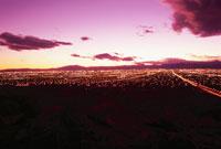サンライズマウンテンから見たラスベガスの夜景 02350002441| 写真素材・ストックフォト・画像・イラスト素材|アマナイメージズ