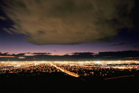 サンライズマウンテンから見たラスベガスの夜景 02350002445| 写真素材・ストックフォト・画像・イラスト素材|アマナイメージズ