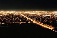 サンライズマウンテンから見たラスベガスの夜景 02350002446| 写真素材・ストックフォト・画像・イラスト素材|アマナイメージズ