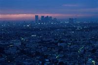 三軒茶屋から望む新宿方面の夜景 02350002538| 写真素材・ストックフォト・画像・イラスト素材|アマナイメージズ