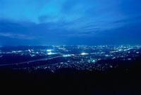 万灯呂山展望台から望む木津川方面の夜景
