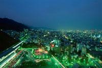 新神戸駅と灘区方面の夜景