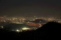 絵下山から眺める海田大橋と広島市街の夜景