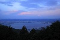 比叡山ドライブウェイから望む琵琶湖の夕景