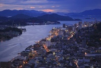 浄土寺山展望台から望む尾道市街と尾道水道の夕景