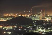 種松山から眺める水島コンビナートの夜景