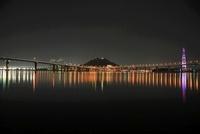 平成ヶ浜付近から眺める海田大橋と黄金山の夜景