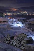 中央自動車道・諏訪湖サービスエリアから眺める諏訪湖の夜景