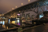 グランビルアイランドの夜景 02350003043| 写真素材・ストックフォト・画像・イラスト素材|アマナイメージズ