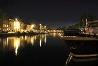 スパールネ川とハーレムの夜景 02350003098| 写真素材・ストックフォト・画像・イラスト素材|アマナイメージズ