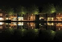 アムステルダム郊外の水辺の夜景
