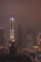 上海の高層ビル群の夜景