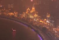 黄浦江と外灘(バンド)の夜景