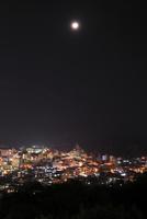湯けむり展望台から眺める別府温泉の夜景