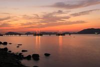 徳山湾の夕景 02350003379| 写真素材・ストックフォト・画像・イラスト素材|アマナイメージズ